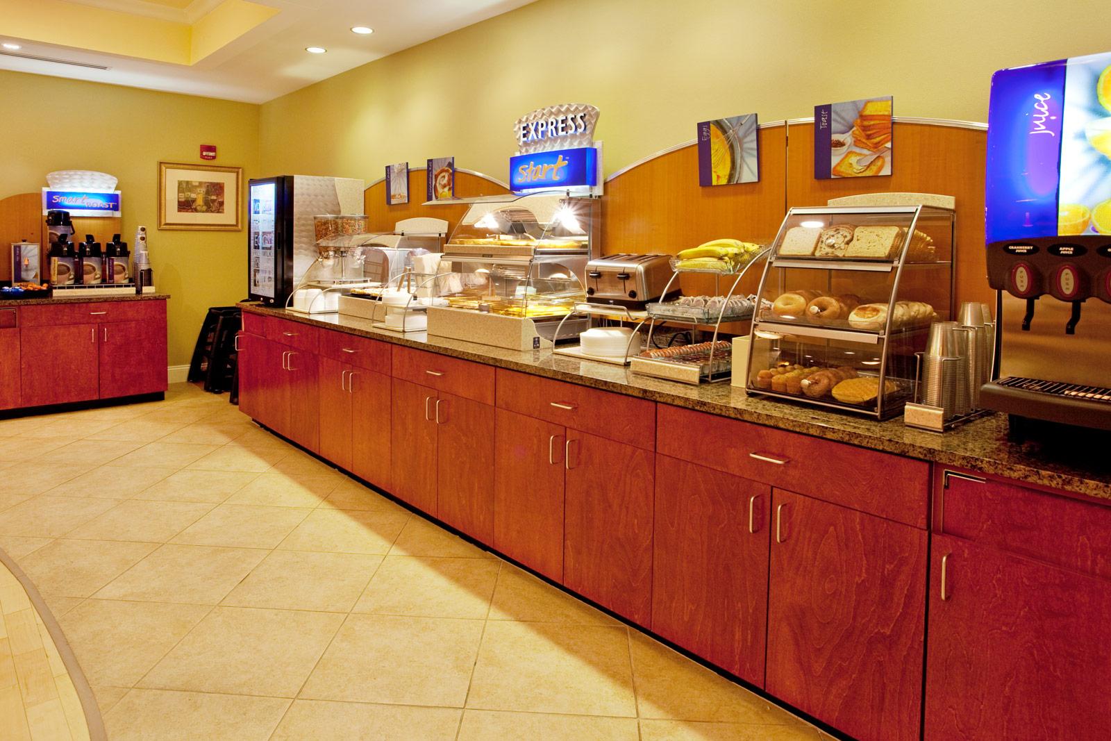 spartanburg-hotel-breakfast